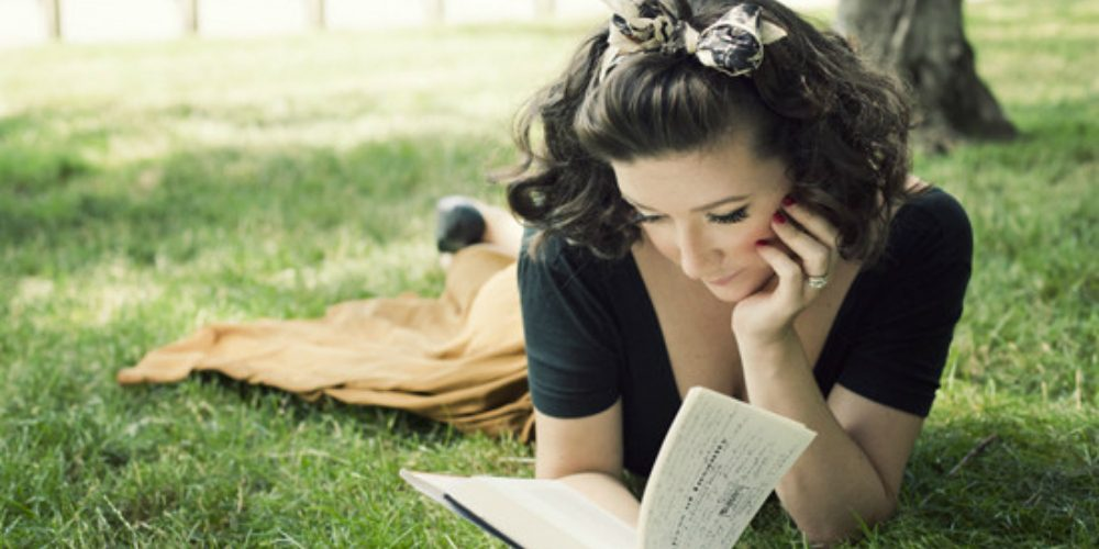 You experience hypnosis when reading a book